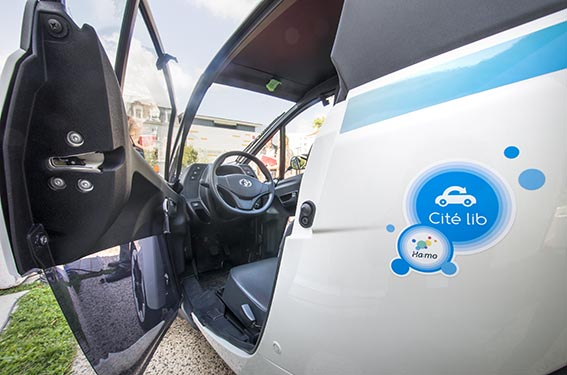 Cité Lib öppnar dörren för harmonisk mobilitet med hjälp av Toyota i-Road.