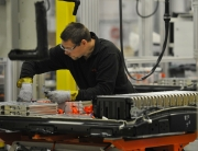 10_NISSAN_BATTERY_PLANT