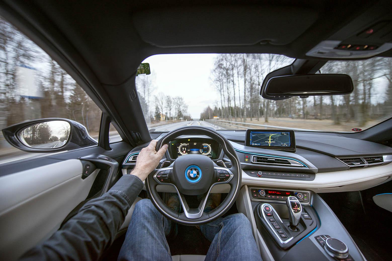 smSN BMW i8 2 170314