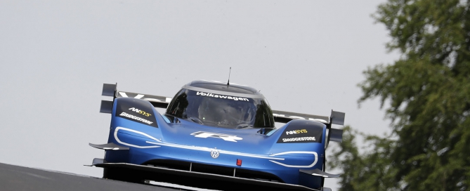 Romain Dumas (F) in the Volkswagen ID.R at the Nürburgring-Nordschleife chasing a new e-record