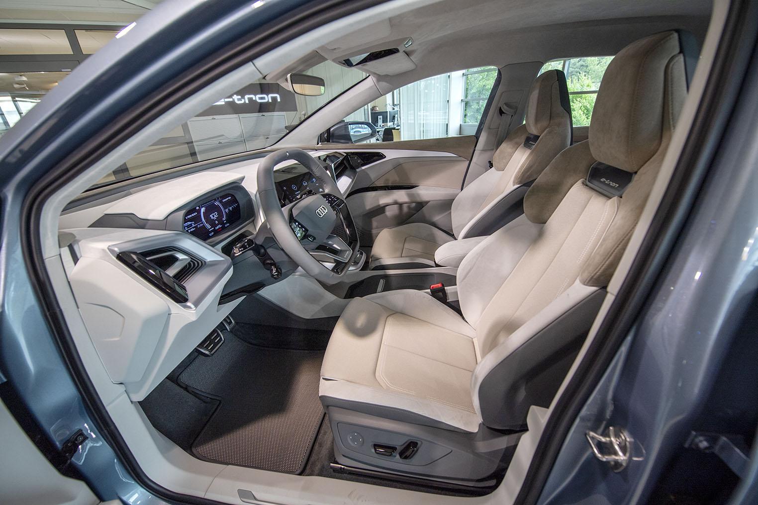 smSN Audi Q4 e-tron 1
